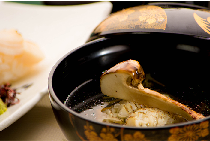 京都 綾部の料亭 ゆう月 9月 会席料理 会席料理 お椀 お吸い物 松茸 鱧