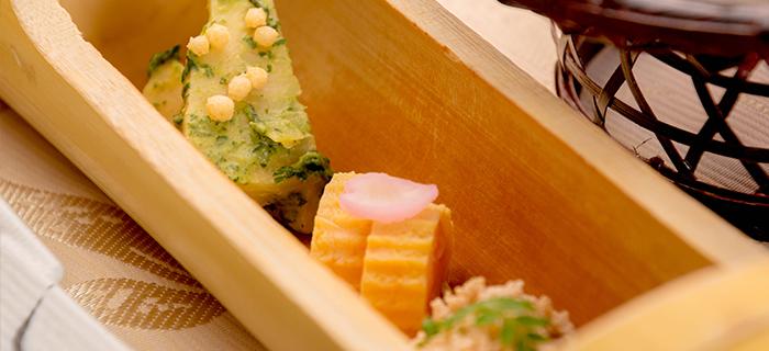 綾部の料亭 ゆう月 春の会席料理 筍の木の芽和え 鯛の子の含め煮