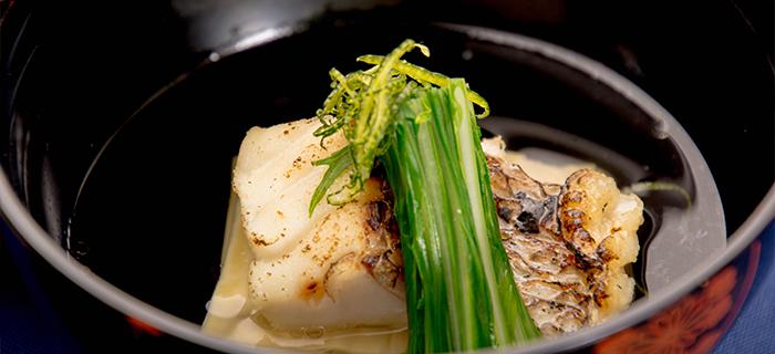 ゆう月 睡蓮会席 煮物椀 鯛の潮仕立て