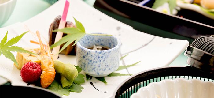 綾部の料亭 ゆう月 夏の会席料理 お盆 八幡巻き 鰻巻き玉子