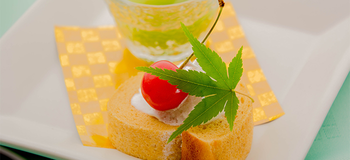 綾部の料亭 ゆう月 夏の会席料理 お盆 ロールケーキ
