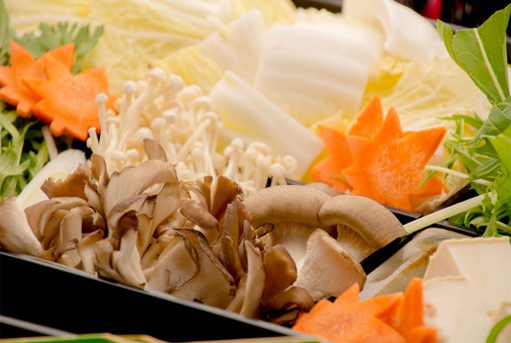 綾部の料亭 ゆう月 鍋料理 上林鶏のすき焼き 鍋野菜 忘年会 送別会