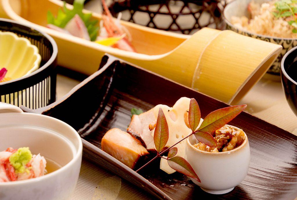 綾部の料亭 ゆう月 12月の会席料理 忘年会用 焼き物 上林鶏 味噌漬け