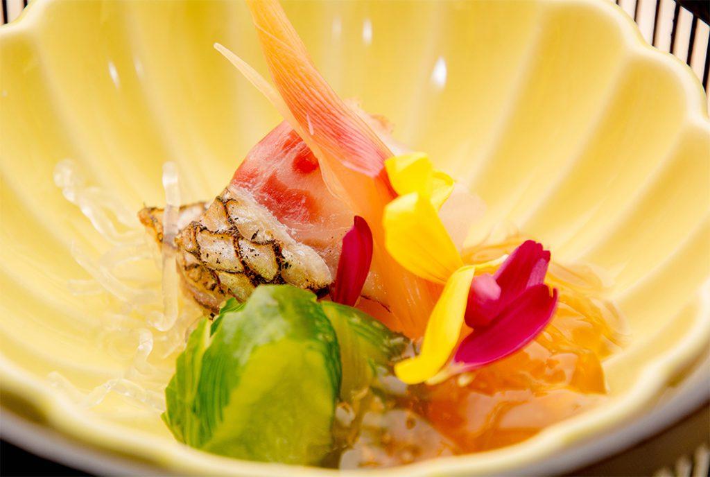 綾部の料亭 ゆう月 12月の会席料理 忘年会用 酢の物 鯛の昆布締め