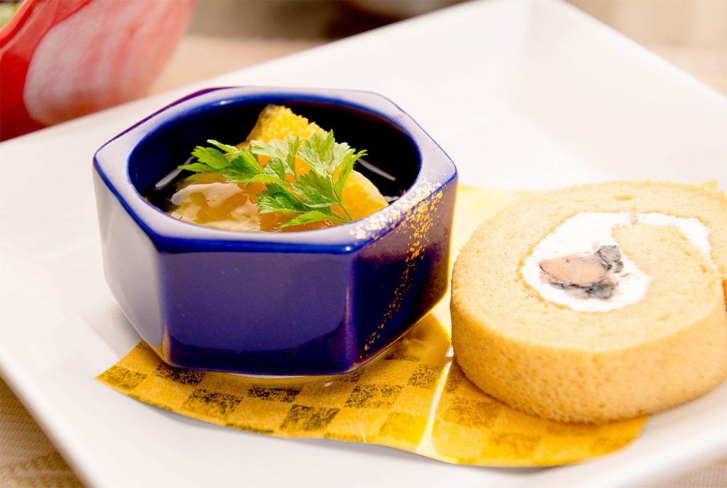綾部の料亭 ゆう月 12月の会席料理 忘年会用 スイーツ ロールケーキ