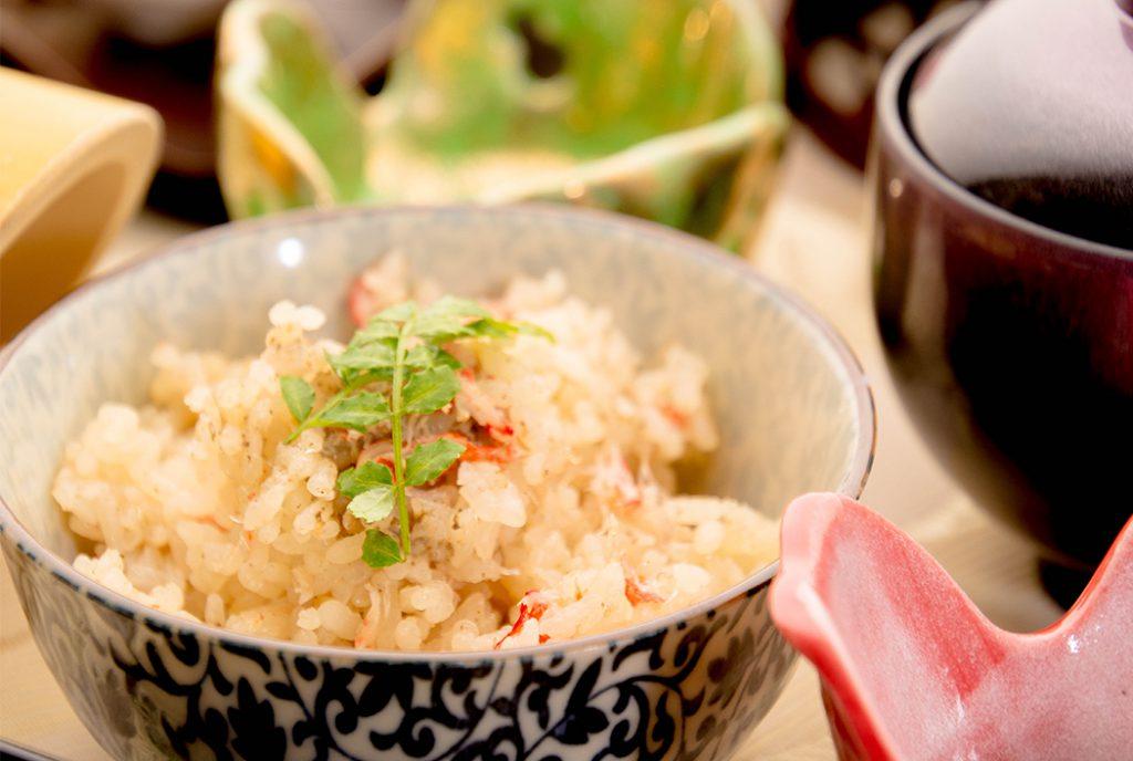 綾部の料亭 ゆう月 12月の会席料理 忘年会用 ご飯 かにめし