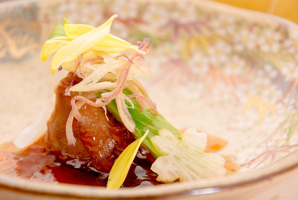 綾部の料亭 ゆう月 お花見のための春の会席料理 京丹波高原豚の南蛮漬け