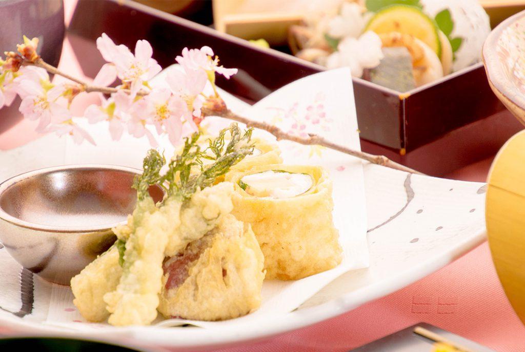 綾部の料亭 ゆう月 春の会席 桜 お花見 たけのこと真鯛の天ぷら