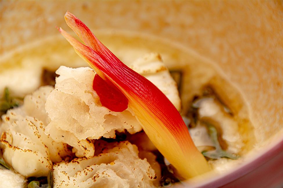 綾部の和食の店 ゆう月 夏 お盆の会席料理 酢物 鱧落とし じゅんさい