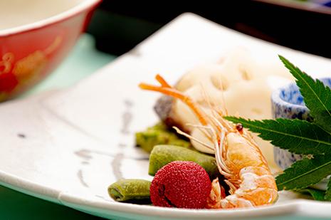 綾部の和食の店 ゆう月 夏 お盆の会席料理 万願寺甘とう 紫ずきん 黒豆の枝豆