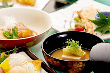 綾部の和食の店 ゆう月 夏 お盆の会席料理 ごま豆腐 西京味噌