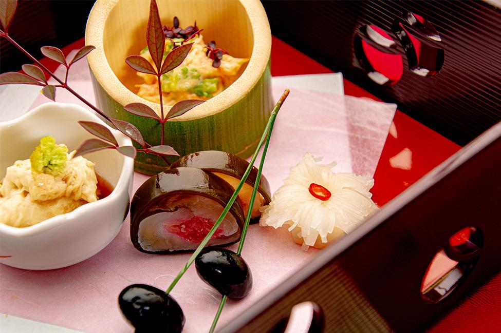 和食の店 ゆう月 冬の会席 冬の前菜 菊花かぶら 昆布巻き