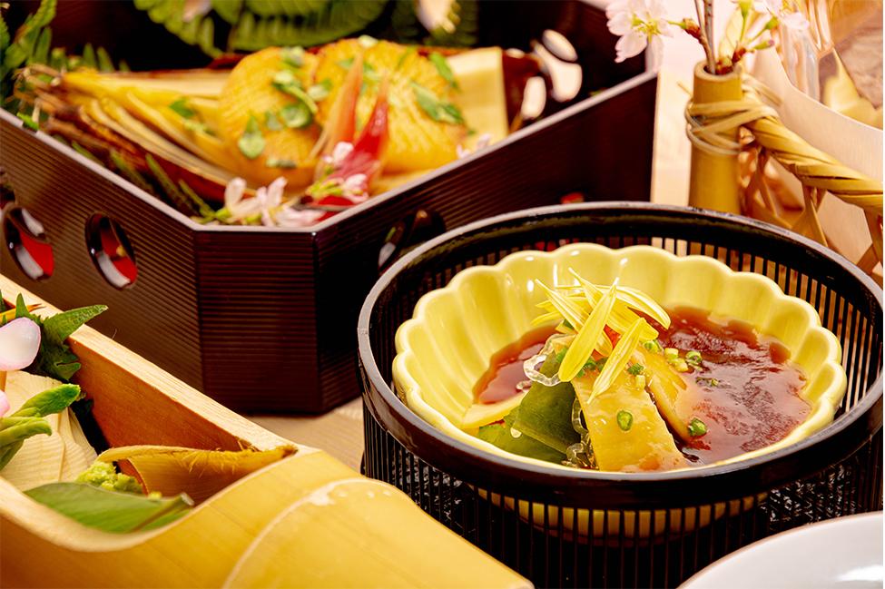 綾部の和食レストラン ゆう月の春の料理 たけのこ会席の酢の物 たけのことゆばのポン酢ジュレ