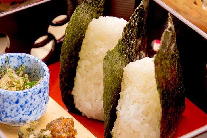 綾部の料亭 ゆう月の綾部むすび 海の京都 おむすび