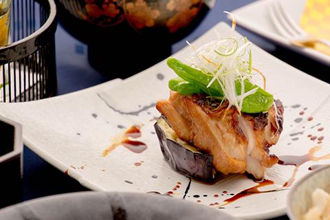 綾部の料亭 ゆう月 6月の会席料理 上林鶏の柚庵焼き 賀茂茄子