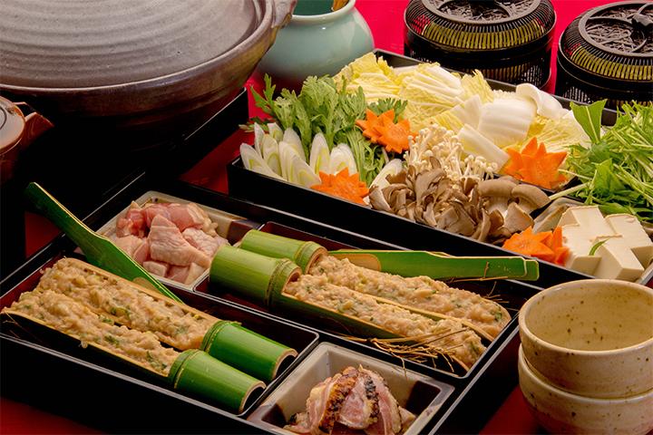 綾部の料亭 ゆう月 鍋料理 上林鷄つみれの味噌鍋画像