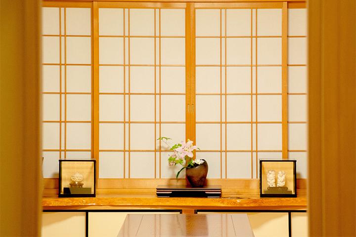 綾部の料亭 ゆう月 ギャラリページ生け花のサムネイル
