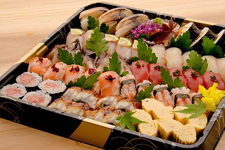 京都府綾部市にあるゆう月の法事用仕出し寿司盛り合わせです