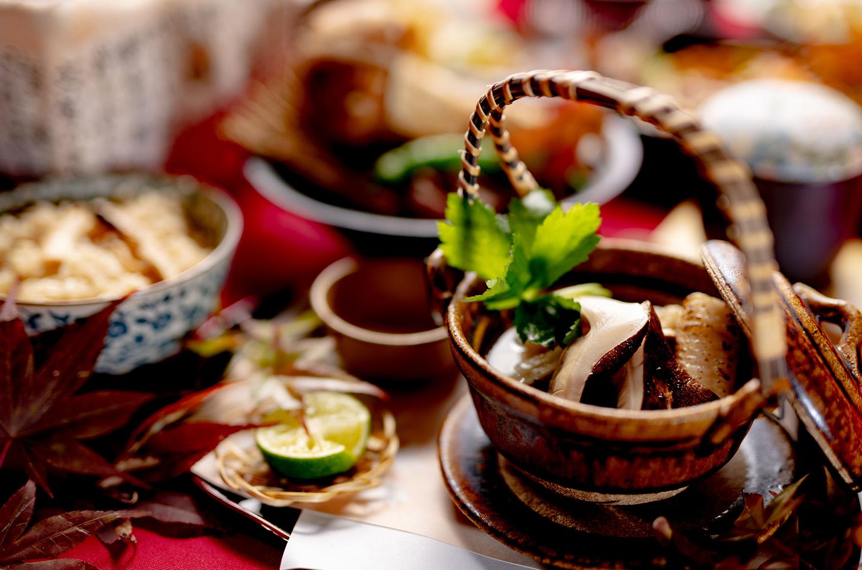 綾部市の和食レストラン ゆう月の松茸料理