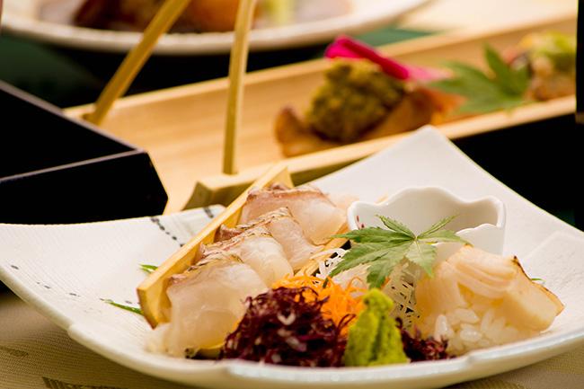 綾部 料亭 ゆう月 9月 会席料理 秋 撫子会席 御造り 熟成 真鯛 昆布締め 寿司