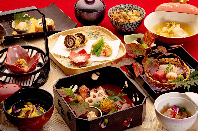 綾部の料亭 ゆう月 秋の会席料理のページ 和食料理の全体写真