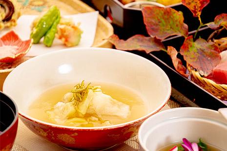 綾部の料亭 ゆう月 秋の会席料理のページ 和食料理の蒸し物 甘鯛の丹波蒸し