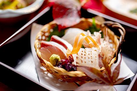 綾部市の和食レストラン ゆう月の秋の会席料理 ヒラメの昆布締め 秋イカ