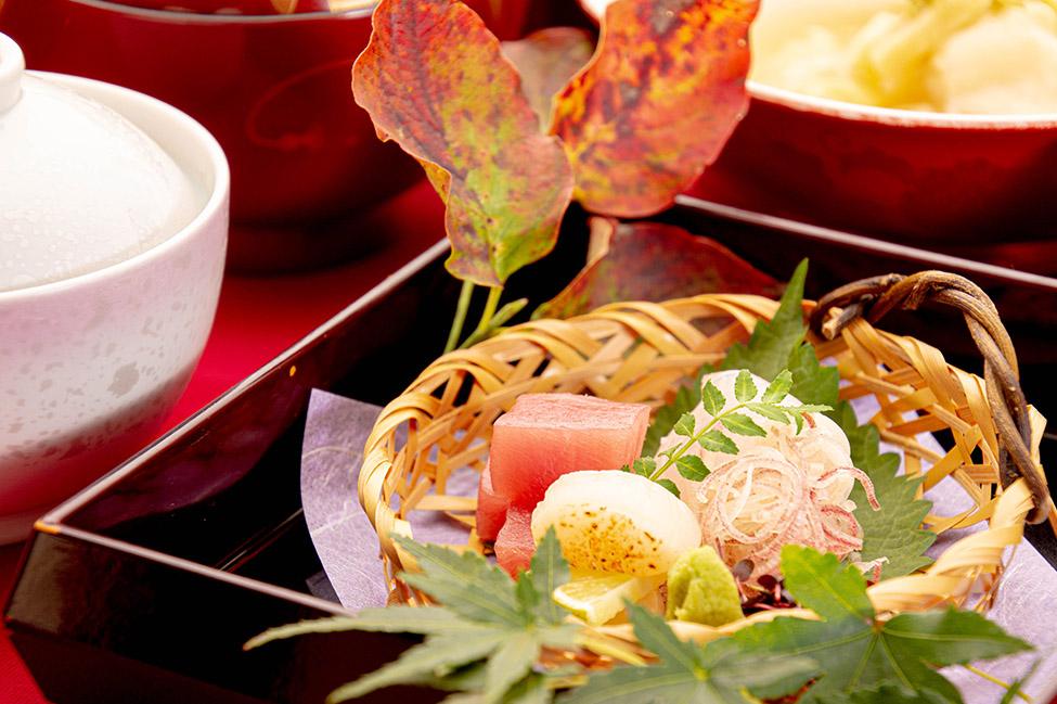 綾部の料亭 ゆう月 秋の会席料理のページ 和食料理のお造り(刺身)の写真