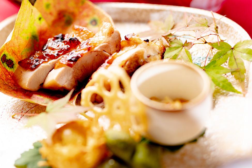 綾部市の和食レストラン ゆう月の秋の会席料理 地鶏 吹き寄せ盛り