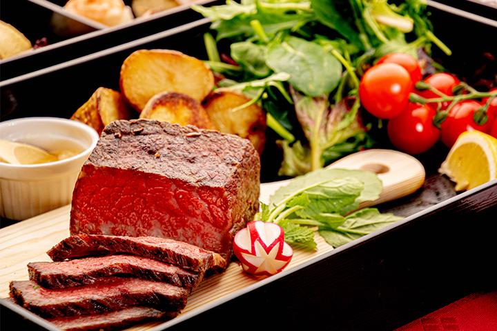綾部の和食レストラン ゆう月のケータリング お祝いパーティー ローストビーフ
