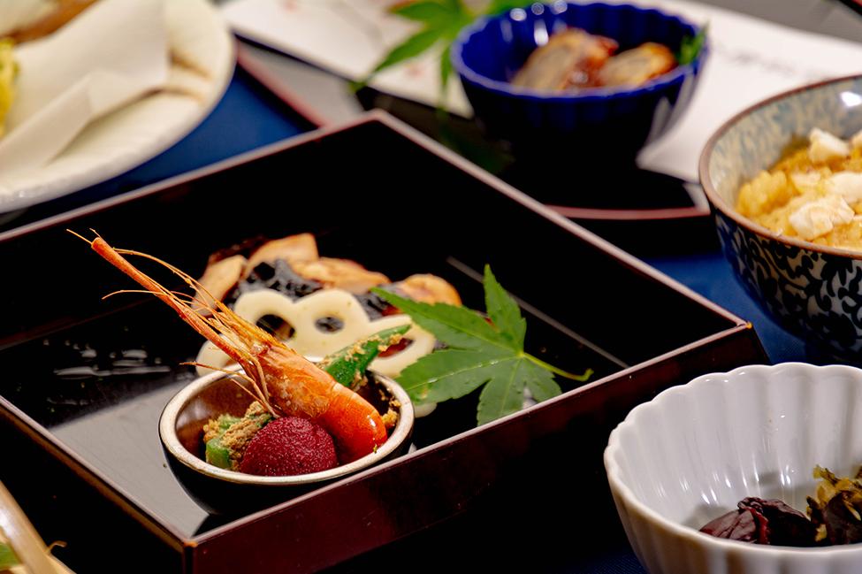 綾部のレストラン ゆう月 会席料理 法事 初盆 京野菜 焼き鳥