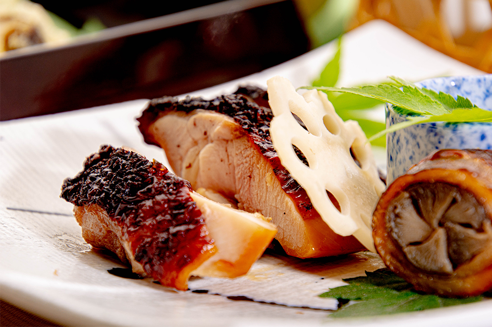 和食レストランゆう月 6月の会席料理 鶏の照り焼き