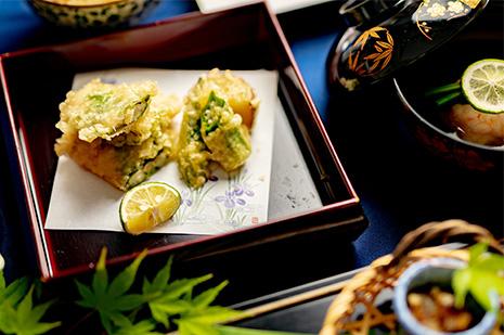 綾部の和食レストラン 夏の会席の天ぷら アナゴの天ぷら