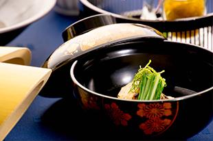 綾部の料亭 ゆう月 5月の会席料理 真鯛の潮仕立て 柚子