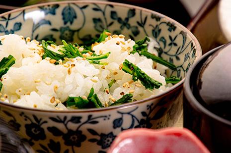 綾部の和食レストラン ゆう月の冬の会席料理 御飯 菜の花 菜めし