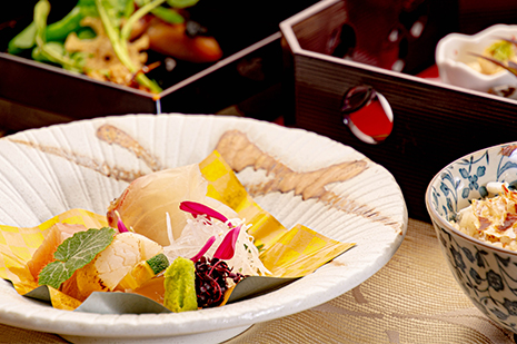 綾部の和食レストラン ゆう月の冬の会席料理 お造り 刺身 真鯛の昆布締め