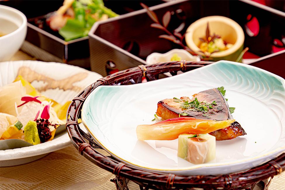 綾部の和食レストラン ゆう月の冬の会席料理 焼き物 ブリの照り焼き