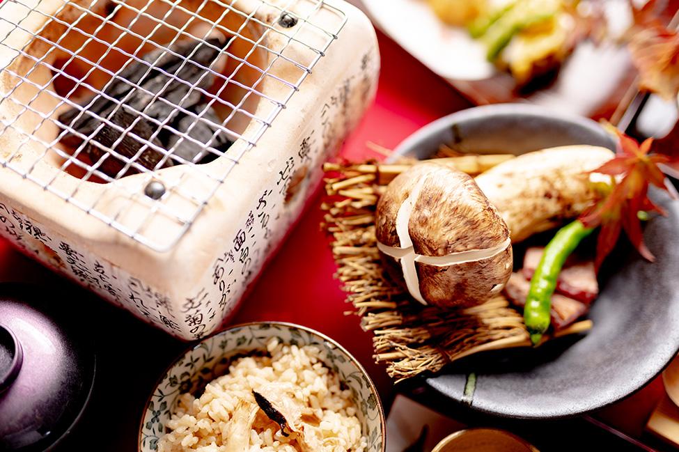綾部市の和食レストラン ゆう月の松茸料理 焼き松茸