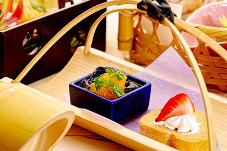 綾部の和食レストラン ゆう月の春のたけのこ料理 デザート ロールケーキ