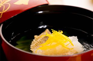 冬の会席料理 真鯛のお吸い物 大根おろし 柚子の香り