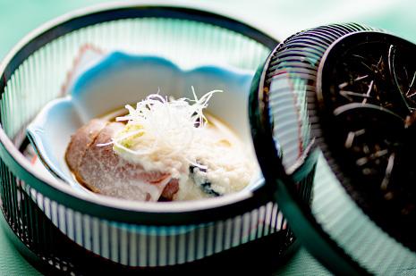 綾部 和食レストラン 夏の会席料理 賀茂なすの煮浸し