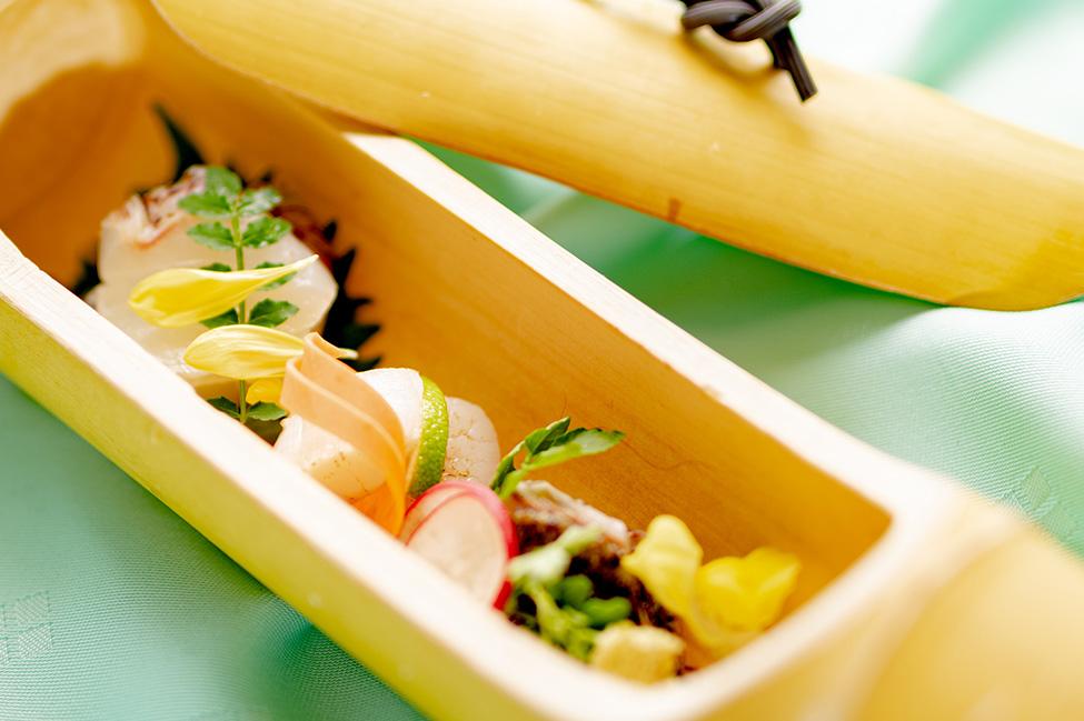 綾部 和食レストラン 夏の会席料理 刺身